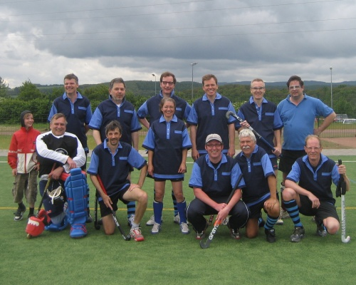 Senioren des Hockey-Club Bad Homburg in Idar-Oberstein, Juni 2010